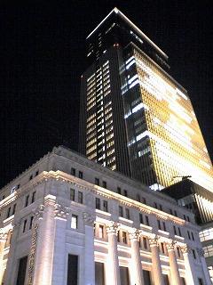 日本橋三井タワー+三井本館(新旧のコラボレーション)